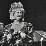 Celia Cruz, un pasodoble y una mesita de noche